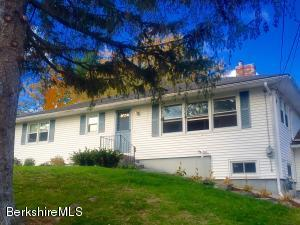 25 Elliott Dr, Williamstown, MA 01267
