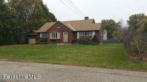 50 Mount Williams Dr, Williamstown, MA 01267