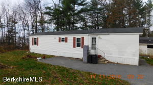 13 Pine Lodge Park, Williamstown, MA 01267