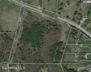Westdale Rd, Stockbridge, MA 01262
