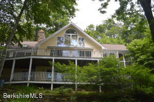 281 WILLIAM HOLMES, Becket, MA 01223