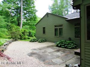461 Under Mountain Rd, Lenox, MA 01240