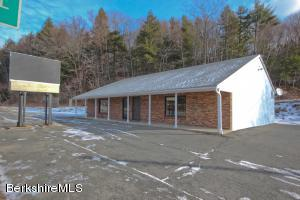 1021 South St, Pittsfield, MA 01201