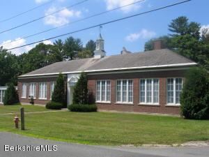 141 White Oaks Rd, Williamstown, MA 01267