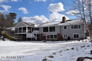 53 Tor Ct, Pittsfield, MA 01201