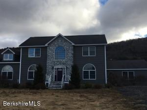 866 Notch Rd, Cheshire, MA 01225