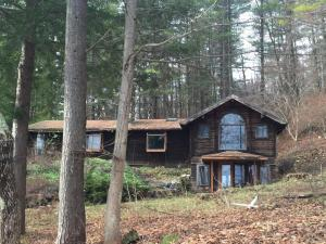 82 Interlaken Rd, Stockbridge, MA 01262