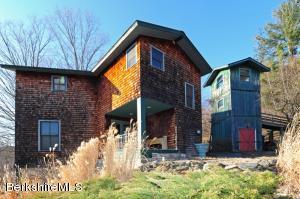 954 Pumpkin Hill, Hillsdale, NY 12529