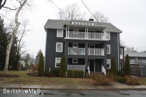 12 Manville St St, Great Barrington, MA 01230