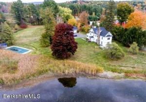 1093 Clayton Mill River Rd, New Marlborough, MA 01259