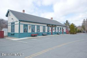 109 Railroad, Lee, MA 01238