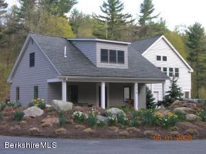 446 White Oaks Rd, Williamstown, MA 01267