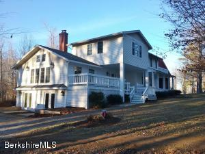 27 Kibbe Point Rd, Otis, MA 01253
