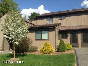 424 Hemlock Ln Ln, Williamstown, MA 01267