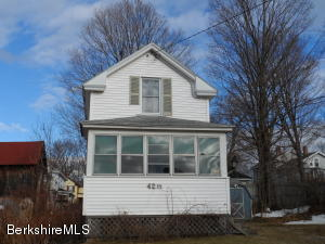 42 1/2 Spring St, Pittsfield, MA 01201