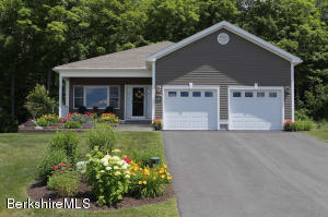 36 Aspen Way, Pittsfield, MA 01201
