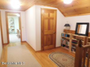 126 GEORGE SCHNOPP RD, HINSDALE, MA 01235  Photo