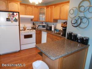 260 Pittsfield Rd # B10 Rd Rd, Lenox, MA 01240