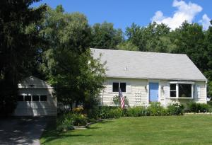 270 Sand Springs Rd, Williamstown, MA 01267