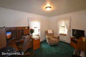 110 OLD STAGECOACH RD, HINSDALE, MA 01235  Photo