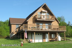 2994 West Hill, Readsboro, VT 05350