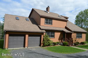 405 Notch, North Adams, MA 01247