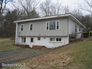60 Cummings Ave, Williamstown, MA 01267