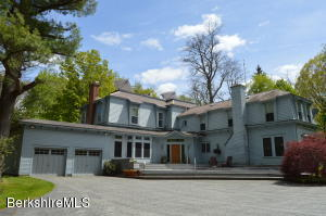 1075 Main St, Williamstown, MA 01267