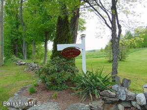 160 BAILEY RD, LANESBORO, MA 01237  Photo