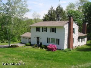 42 Buxton Hill, Williamstown, MA 01267