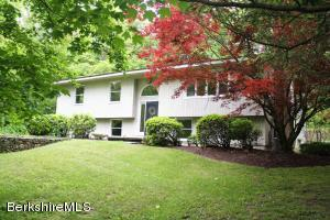 1 Haley Rd, Great Barrington, MA 01230