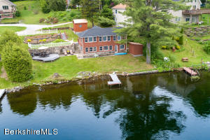 125 Shore Rd, Hinsdale, MA 01235