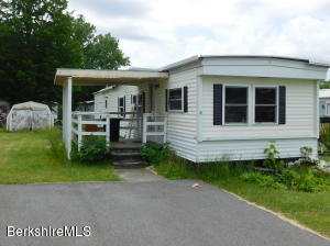 18 Iroquois Dr, North Adams, MA 01247