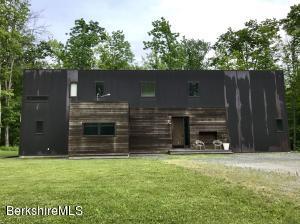 871 PUMPKIN HILL, Hillsdale, NY 12529