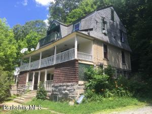 151 Cottage St, Great Barrington, MA 01230
