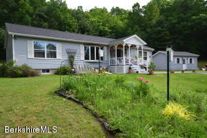 997 Garfield Nassau Rd, Stephentown, NY 12168
