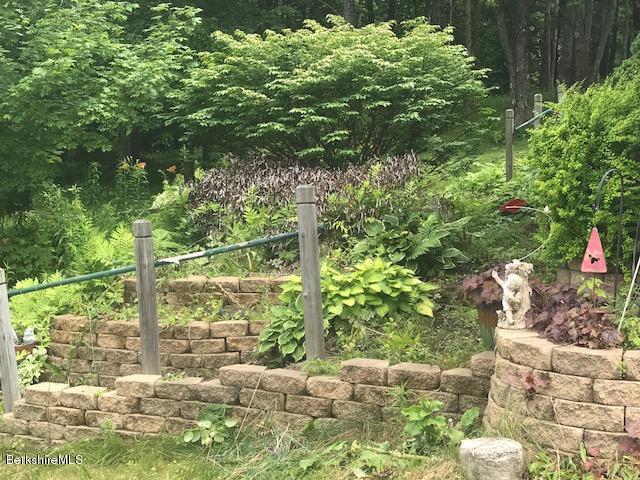 perenial gardens