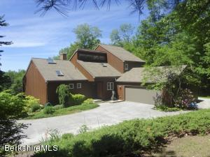66 Maple Hill, West Stockbridge, MA 01266