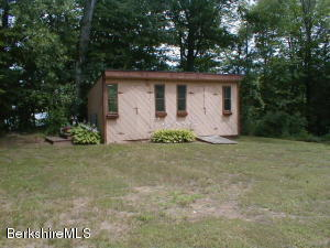41 LAKEVIEW CIR, HINSDALE, MA 01235  Photo