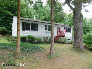 64 Henderson, Williamstown, MA 01267