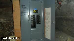 370 Fort Hill, Pittsfield, MA 01201