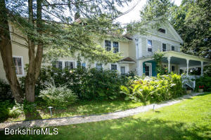 94 Maple, Sheffield, MA 01257