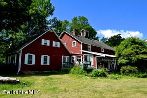 383 Housatonic St, Lenox, MA 01240