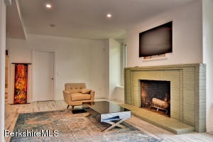 850 SUMMER ST, LEE, MA 01238  Photo