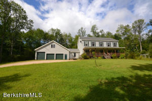 90 Curtis, Hinsdale, MA 01235