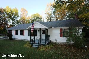 6 Pothul Dr, Great Barrington, MA 01230