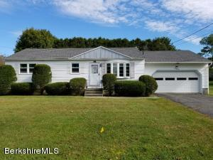 152 Chantilly, North Adams, MA 01247