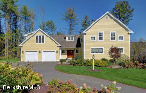 1-A Bean Hill Rd, Stockbridge, MA 01262