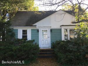 130 Versailles, North Adams, MA 01247