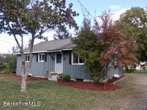 4 Magnolia St, Great Barrington, MA 01230